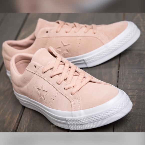 2ebfc2df76e8f3  HOST PICK  Converse Ox One Star Suede Low Top